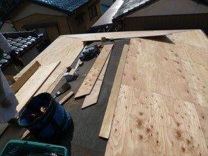 東京都江戸川区 H様邸 ガルバリウム鋼板タテ平葺き 屋根葺き替え工事 野地板張り