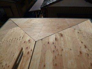 東京都江戸川区 H様邸 ガルバリウム鋼板タテ平葺き 屋根葺き替え工事 野地板張り完了