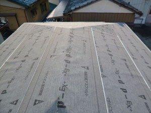 東京都江戸川区 H様邸 ガルバリウム鋼板タテ平葺き 屋根葺き替え工事 ルーフィング張り完了