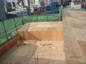 東京都北区赤羽 保育園 新築ガルバリウム鋼板屋根タテ平葺き工事 野地板(防水