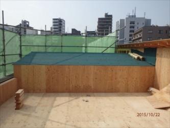 東京都北区赤羽 保育園 新築ガルバリウム鋼板屋根タテ平葺き工事 屋根下葺き