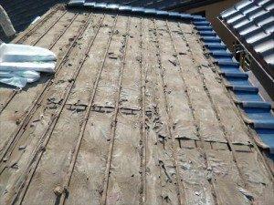 東京都江戸川区 S様邸 ガルバリウム鋼板タテ平葺き(シージングボード下地)屋根葺き替え工事 屋根瓦撤去