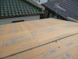 東京都江戸川区 S様邸 ガルバリウム鋼板タテ平葺き(シージングボード下地)屋根葺き替え工事 野地板シージングボード